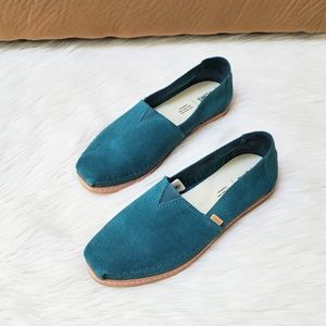 Toms teal women's loafers